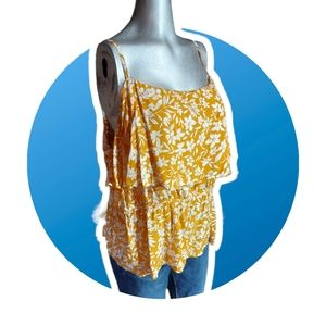 🌼3/$30 Old Navy Yellow Tropical Floral Tank XXL